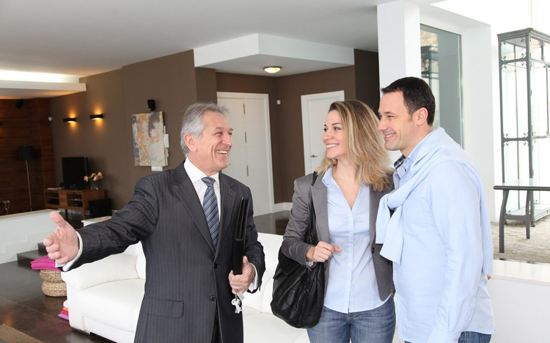 7 Reasons to Use a Real Estate Agent When Buying a Home